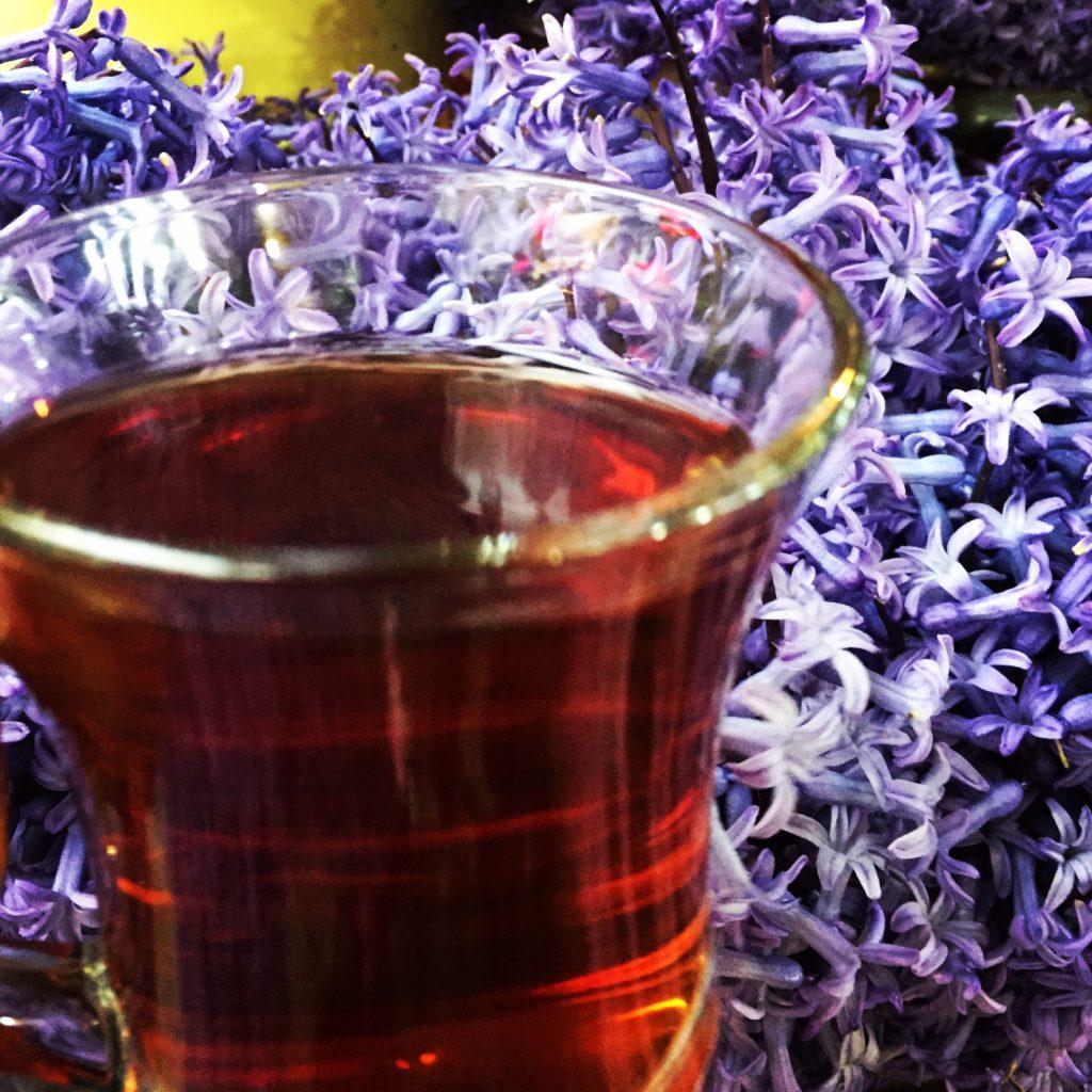 Çay Karadenizliden İçilir